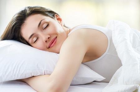 Phương pháp kỹ thuật thở giúp hệ thần kinh thư giãn, tăng khả năng giữ bình tĩnh và giúp bạn đi sâu vào giấc ngủ một các dễ dàng.