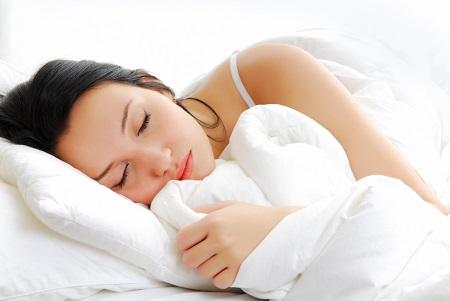 Ngủ ít, ngủ không đủ giấc, không ngon, sẽ khiến lượng đường trong máu tăng lên