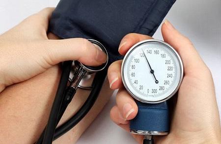 Bệnh huyết áp thấp vô cùng nguy hiểm nếu chúng ta thờ ơ và chủ quan