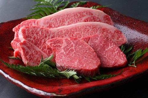 Thịt bò tăng cường sức khỏe sinh lý nam mạnh mẽ