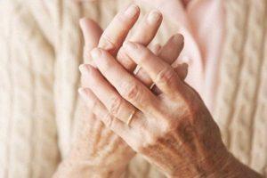 Tiết lộ bệnh viêm đa khớp dạng thấp chữa ở đâu?