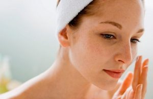 Bật mí giúp bạn uống gì để trị nám da mặt hiệu quả?